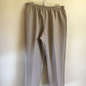 Alfred Dunner Pull on slacks